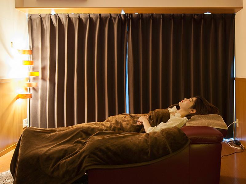 八幡西区の睡眠改善マッサージ専門店switch 施術イメージその2